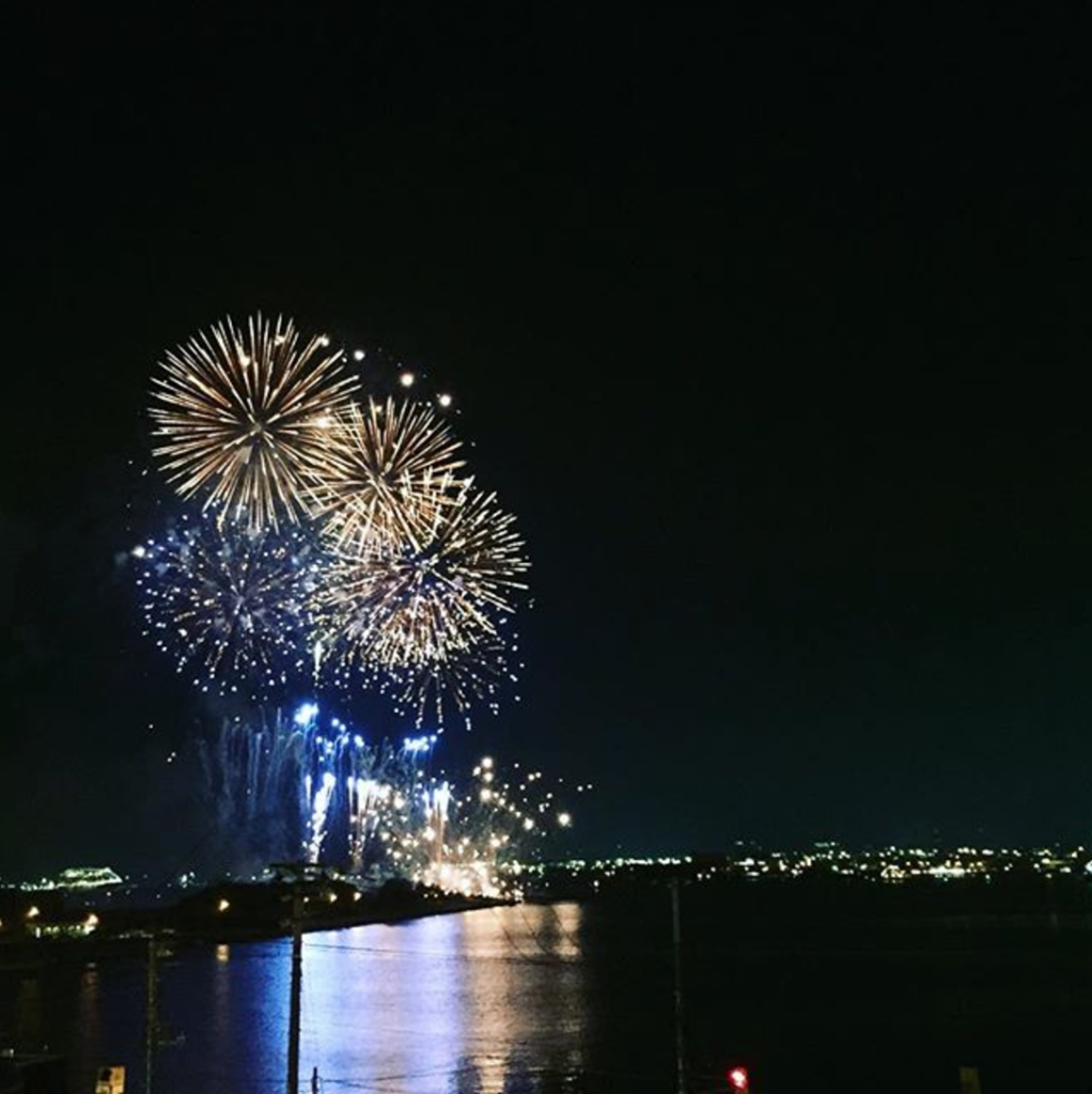 Pier H Table fireworks from the terrace seat 1022x1024 - Pier H Tableのガトーショコラは、コーヒーに合うオススメのお菓子