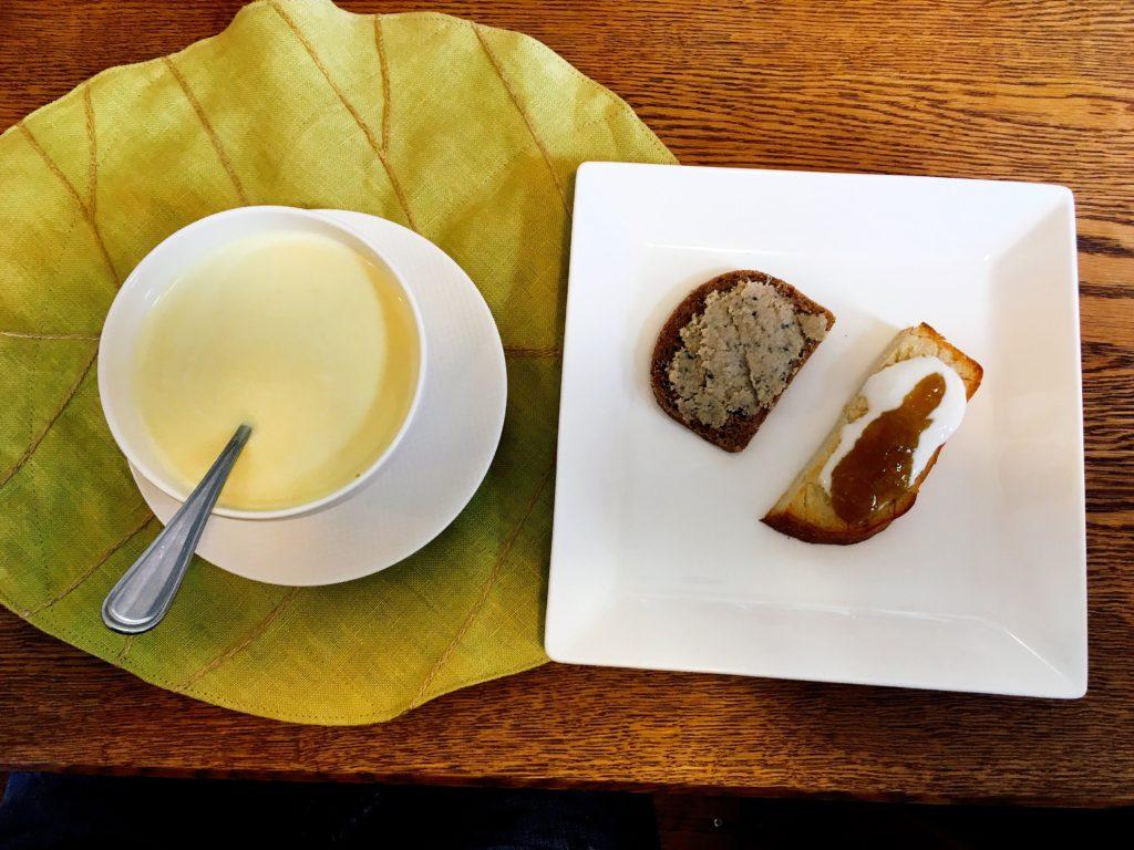 hutte2 1024x768 - 【函館カフェ】コーヒーブロガーおすすめのカフェ7選【最新】