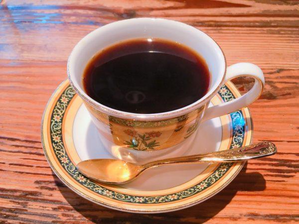 coffee kura4 600x450 - 【池袋カフェ】珈琲蔵は一杯25gの豆を使った濃厚な一杯が味わえるお店!おすすめメニューは!?