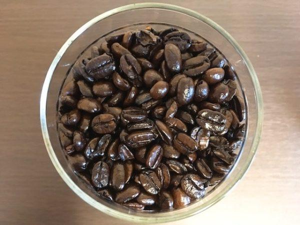 IMG 3780 min 300x225 - コーヒー豆の種類や味の違い|お気に入りの豆を探すたった1つのコツ
