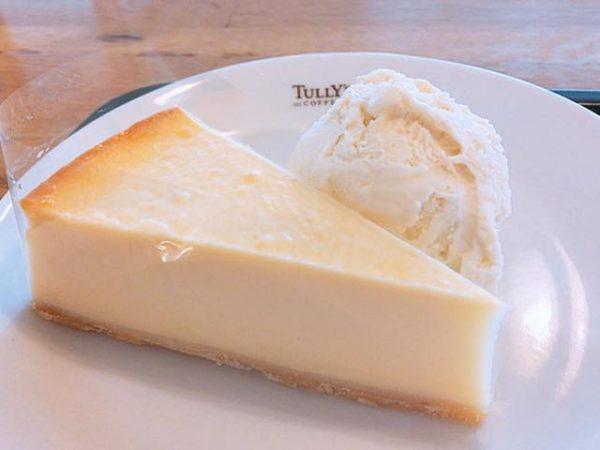 th IMG 6827 600x450 - タリーズ【ベイクドチーズケーキ】カロリーや感想 アイスと一緒に食べるとさっぱりしておすすめ