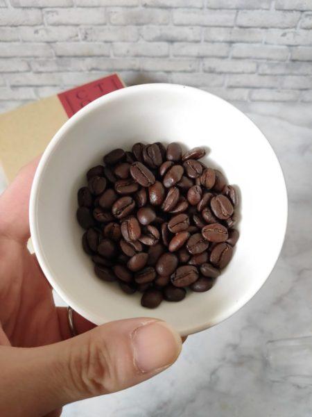 豆香洞ブレンドのコーヒー豆の状態