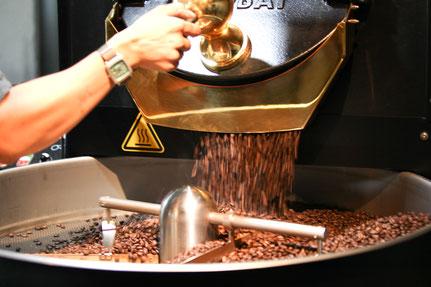 豆ポレポレの焙煎機はプロバット