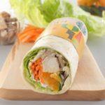 秋野菜とチキン サラダラップ